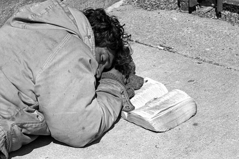 Lectio Divina and an Image of a Homeless Person realized in Psalm 31